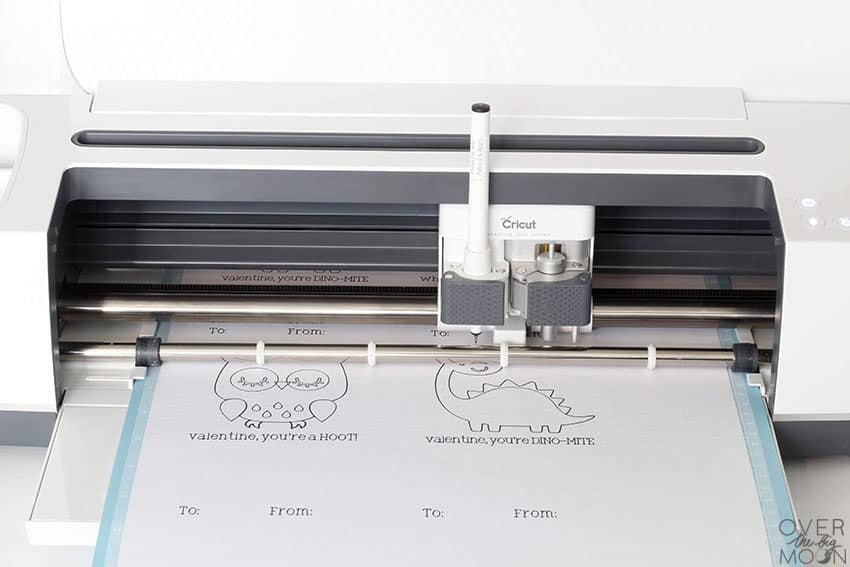 Writing feature in the Cricut Maker! From overthebigmoon.com!