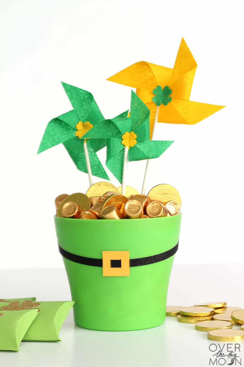 St.Patrick's Day Pot o' Gold gift idea! From overthebigmoon.com!