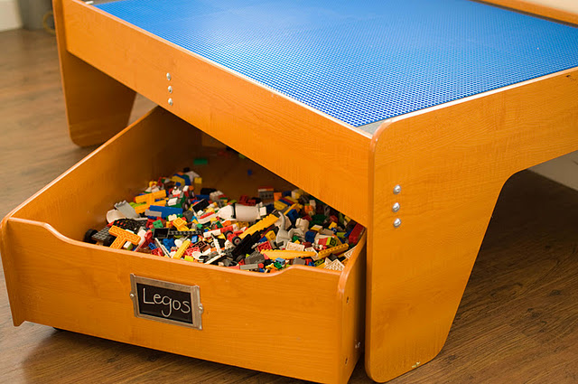 1 Train table to Lego table!